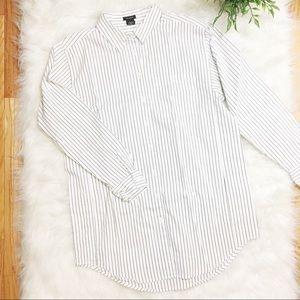 Ann Taylor Long Striped Black White Button Down M